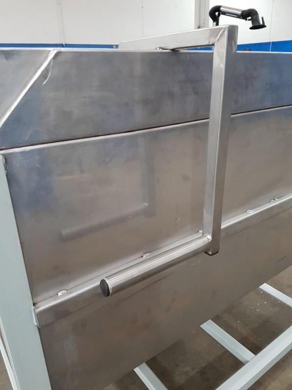 Vasca inox per carico resina con valvola a sarracinesca | Dettaglio 5