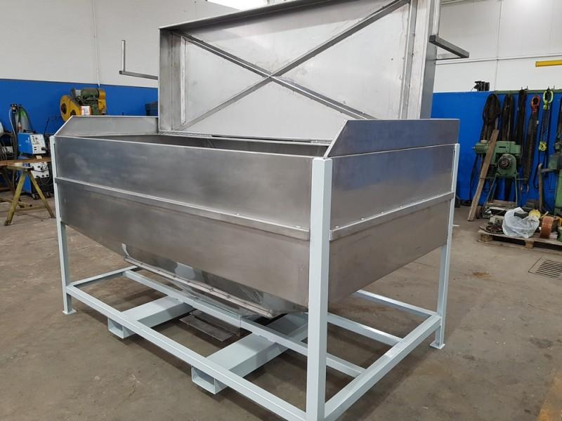 Vasca inox per carico resina con valvola a sarracinesca | Dettaglio 7