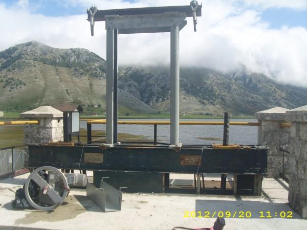 Revisione impianto per sollevamento  Serranda | Dettaglio 1