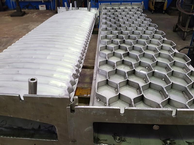 Muffola per forno, pressopiegata e saldata in acciaio AISI 310   Dettaglio 3