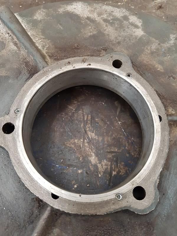 Rimboccolamento flangia motore | Dettaglio 2