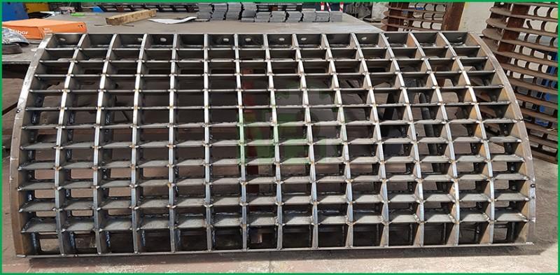 saldature certificazioni iso Fresatura Carpenteria Metallica  Equilibratura Dinamica Piping Equilibratura Girante Equilibratura statica Lavorazione inox meccanica industriale caserta Tornitura Lavorazione di tornio e fresa Manutenzione Meccanica