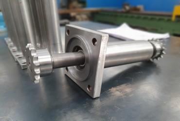 Lavorazione inox Carpenteria Metallica  meccanica industriale caserta saldature certificazioni iso Equilibratura Girante Equilibratura statica Manutenzione Meccanica Fresatura Lavorazione di tornio e fresa Tornitura Equilibratura Dinamica Piping
