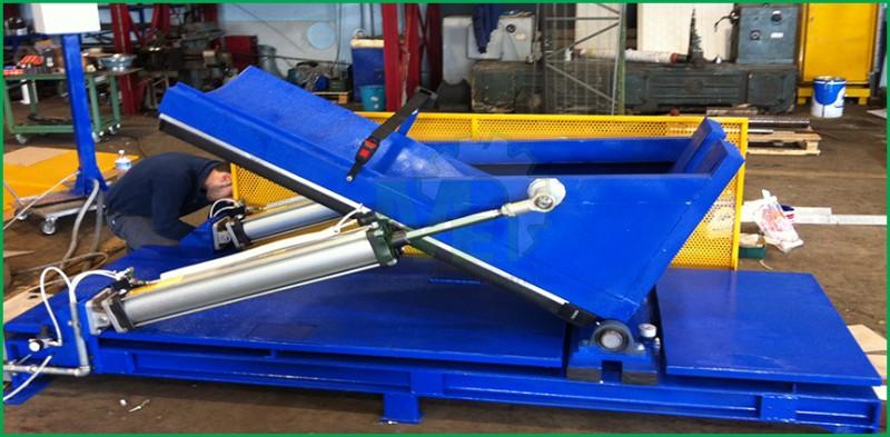 Lavorazione inox Manutenzione Meccanica Tornitura Equilibratura Girante Equilibratura statica meccanica industriale caserta saldature certificazioni iso Lavorazione di tornio e fresa Equilibratura Dinamica Carpenteria Metallica  Fresatura Piping